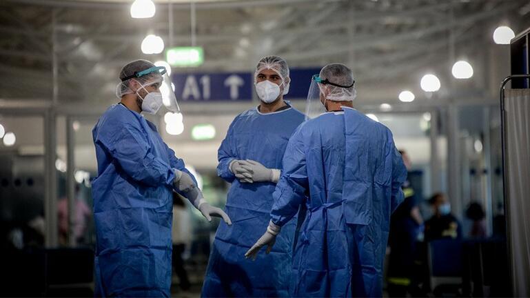 "43 νέα κρούσματα στη χώρα - 36 ""εισαγόμενα"" - Ένας θάνατος"