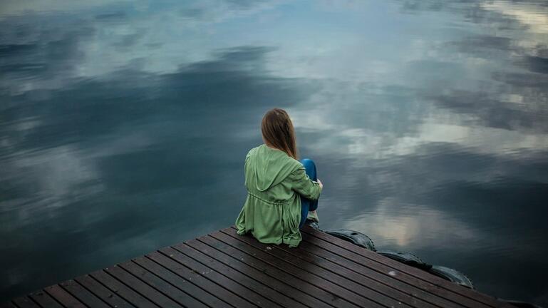 """Οι """"άλλες"""" συνέπειες της πανδημίας: Αυξήθηκαν κατάθλιψη και άγχος"""