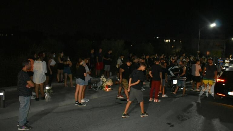 Έκλεισαν οι κάτοικοι του Γαζίου τον δρόμο στο Πολύδροσο